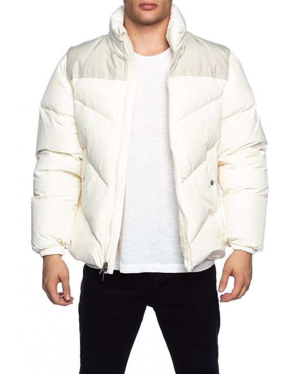 LOGO ARCTIC JACKET IN SNOW STONE
