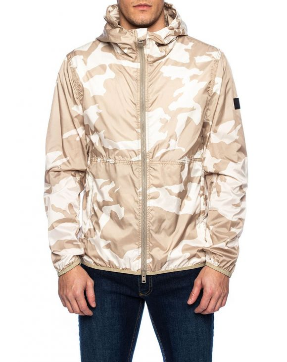 SOUTHBAY WINDBREAKER IN WHITE CAMOUFLAGE