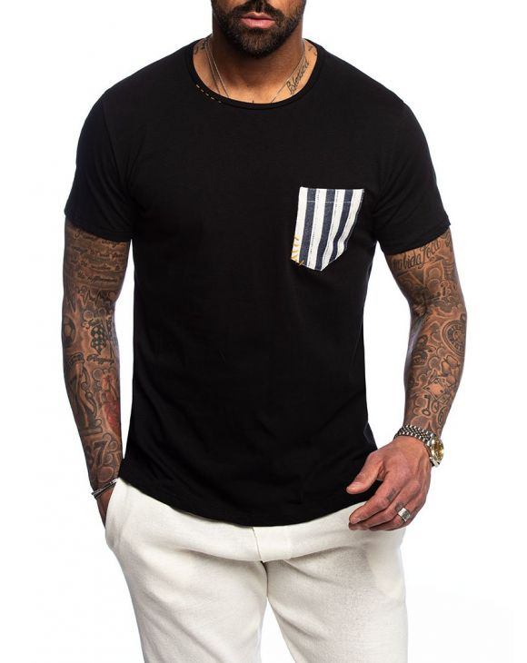 DALLAS POCKET T-SHIRT IN BLACK